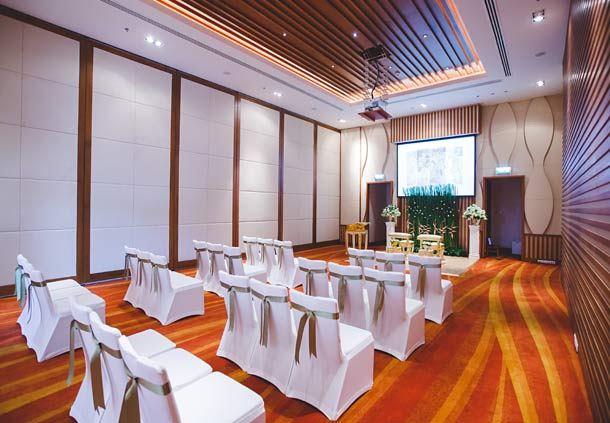 Renaissance Ballroom - Thai Ceremony Setup
