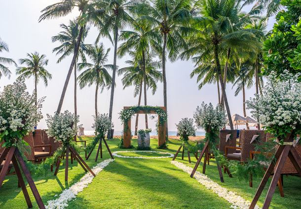 Outdoor Beachfront Wedding Venue
