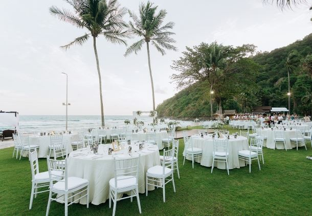 Beach Lawn Reception