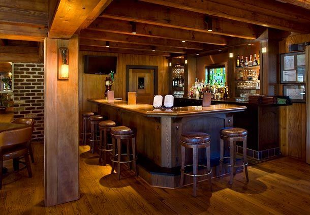 Lakewood Golf Clubhouse Bar