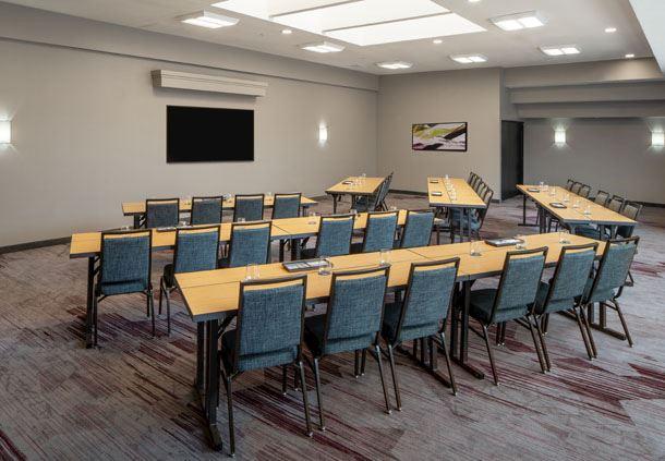 Dulles Room - Classroom Setup