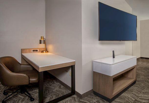 Suite Desk
