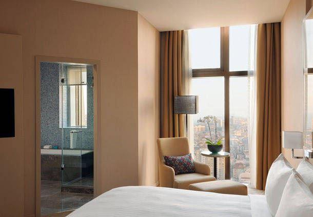 Corner Suite - Sleeping Area