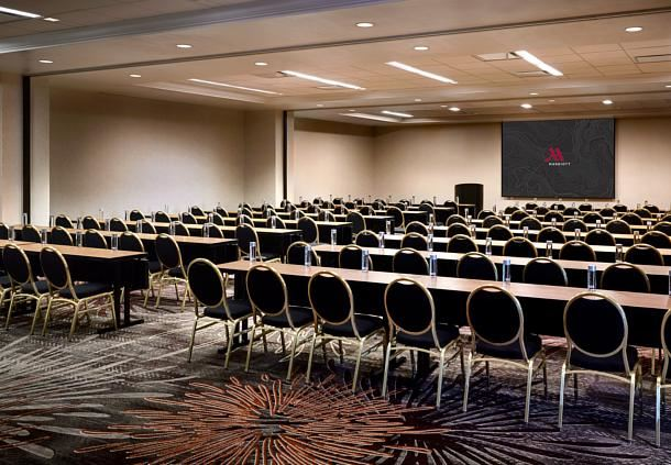 Grand Ballroom - Meeting