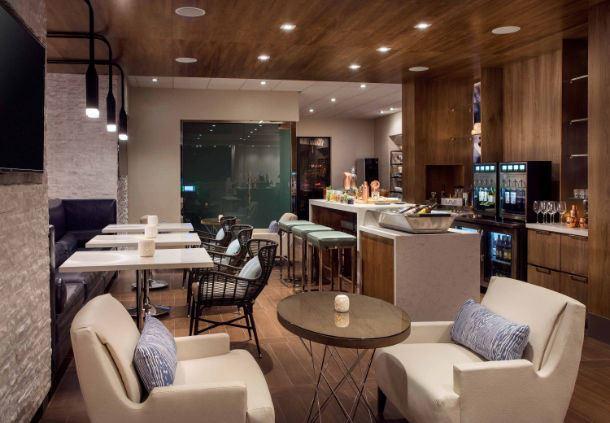 M Club Bar