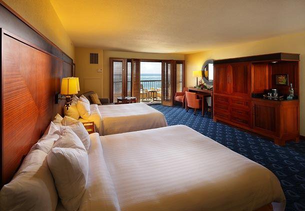 Queen/Queen Executive Oceanfront Guest Room