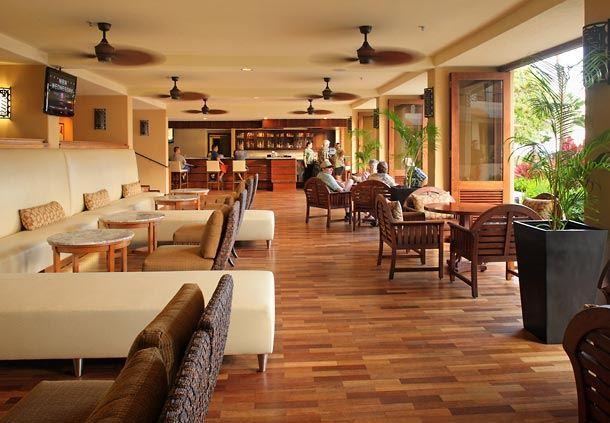 Makai Lounge