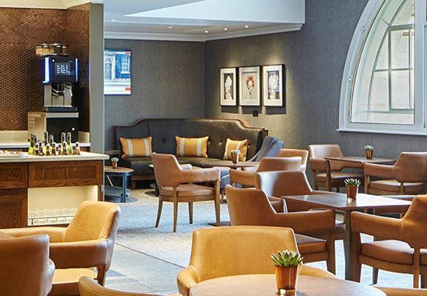 M-Club Lounge