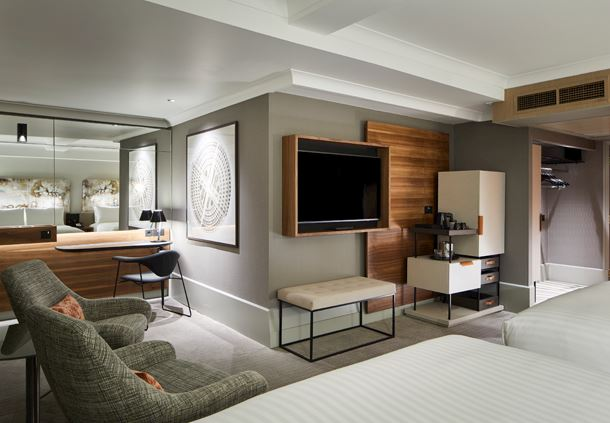 Double/Double Deluxe Family Guest Room