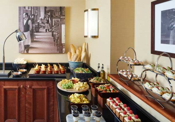 Executive Lounge - Evening Buffet