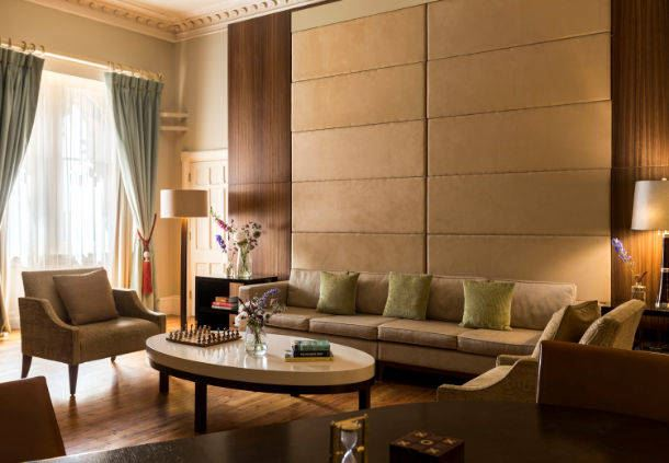 Queen Victoria Suite Living Area