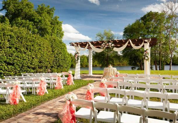 Capri Lawn - Wedding Ceremony