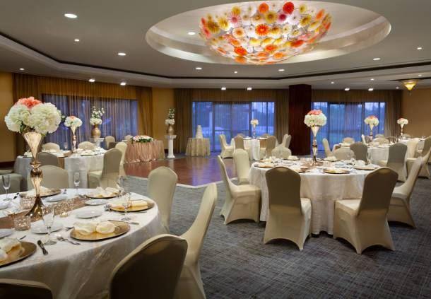 Capri - Wedding Reception Setup