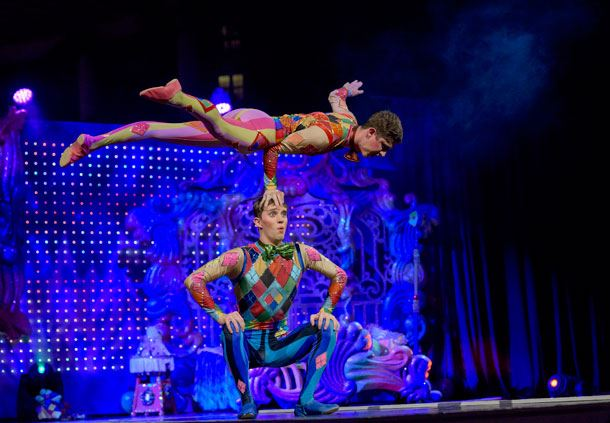 Cirque Dreams Unwrapped Stage Show Performers