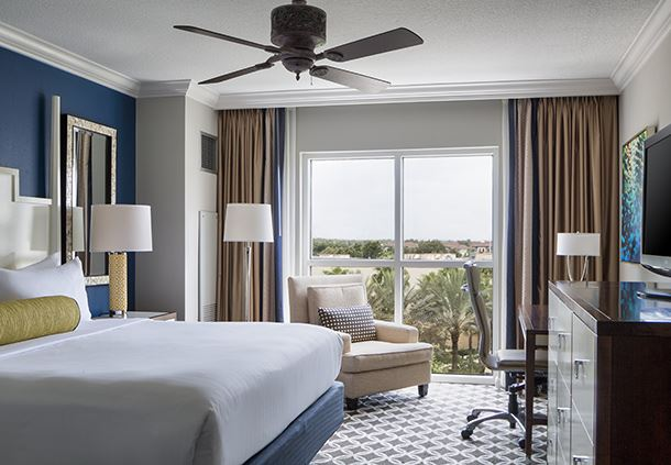 Emerald Bay King Guest Room - Florida View