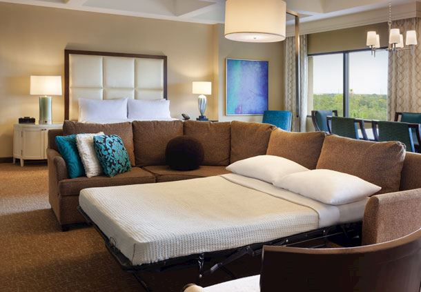 Executive King Suite - Sofa Bed