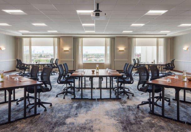 Skyline Meeting Room
