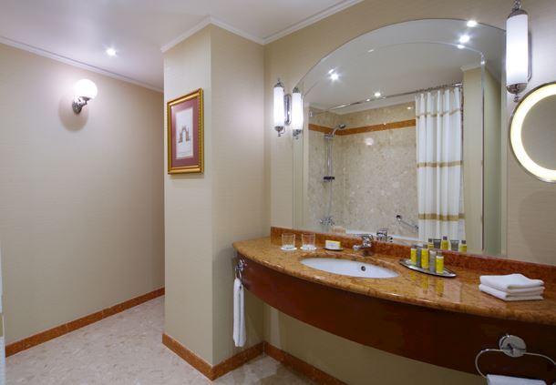 Угловой люкс - Ванная комната