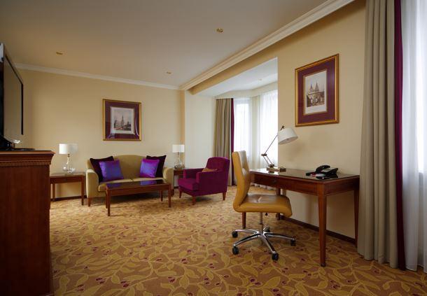 Corner Suite - Work Area
