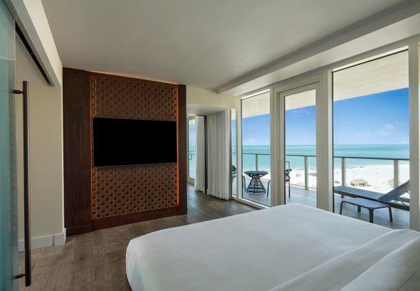 Sirene Corner Suite
