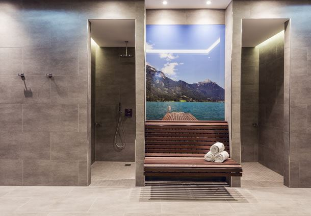 LaVida - Fitness & Vital Lounge - Shower area