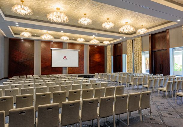 Grand Salon Meeting Room - Theatre Setup