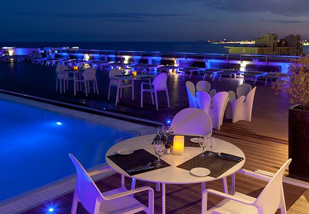 Rooftop Terrace Restaurant & Lounge