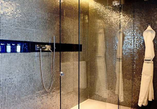 Presidential Suite Shower