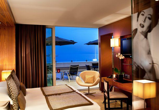 Terrace Suite with Sea View Bedroom
