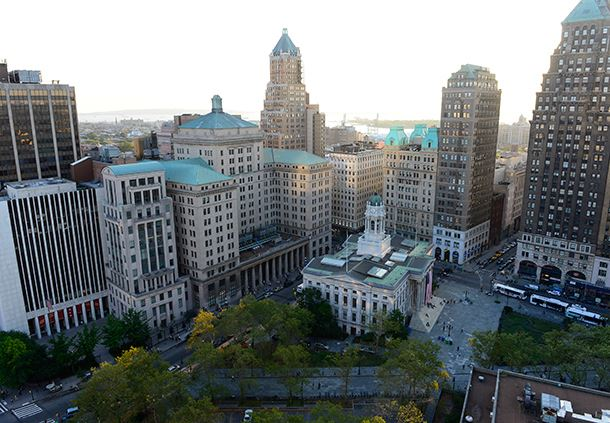 View Guest Room - Downtown Brooklyn View