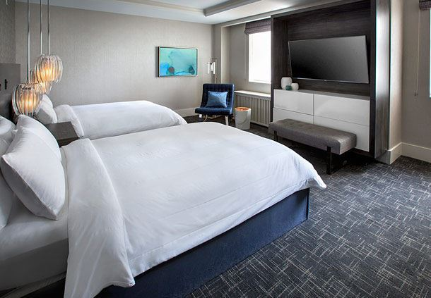 Club Premier Double/Double Guest Room