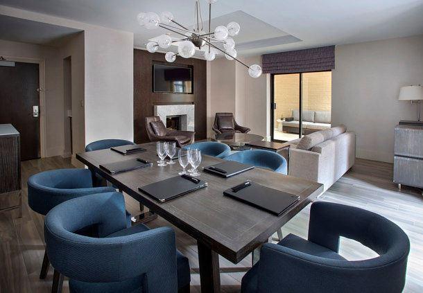 Terrace Suite - Meeting Area