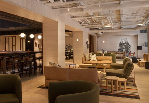Bar Moxy + Lobby Lounge