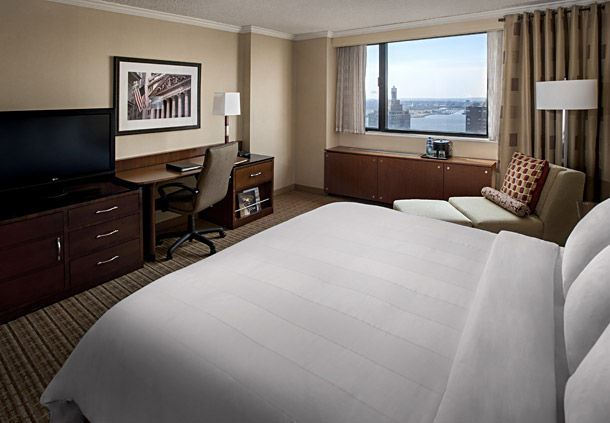 King Guest Room - Hudson River View