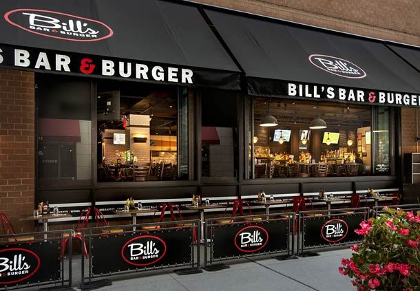 Bill's Bar & Burger - Outdoor Seating