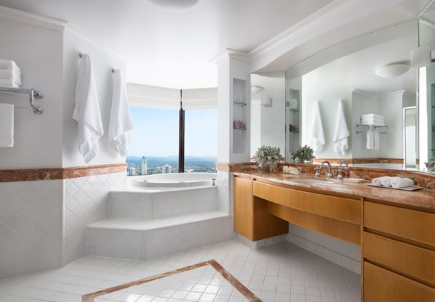 Executive Suite Twin Bathroom