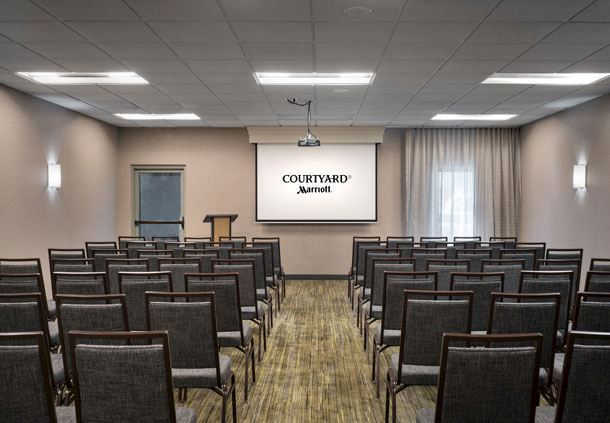 Adolfo Meeting Room