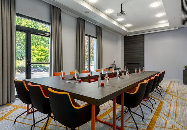 Studio 3 Meeting Room