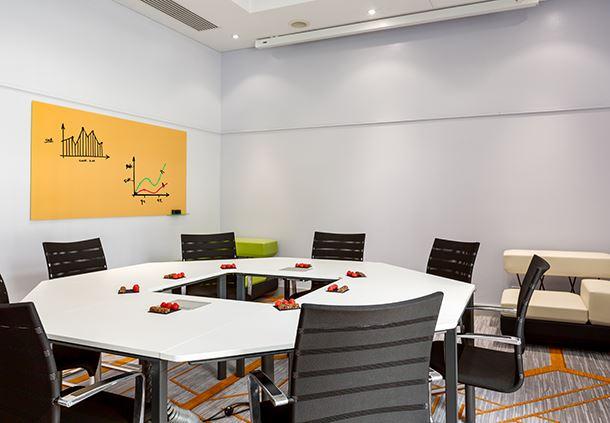Studio 6 Meeting Room