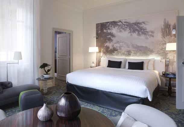 Le Parc Honeymoon Suite - Bedroom