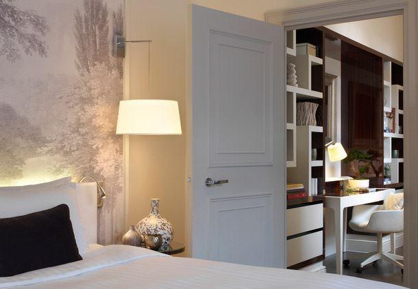 Le Parc Honeymoon Suite - Bedroom and Desk Area