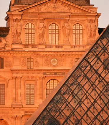 Louvre Museum