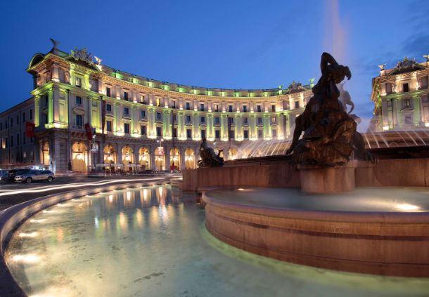 Exterior - Fountain