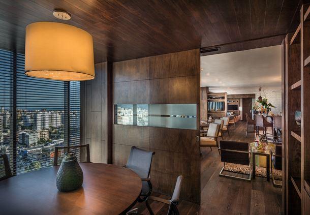 Executive Lounge - Meeting Room