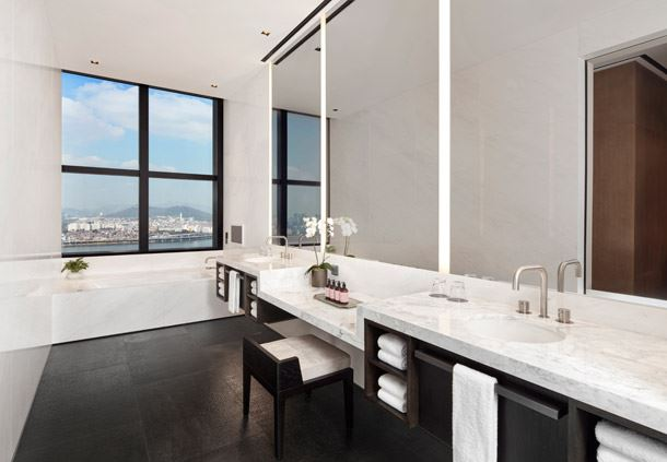 Presidential Penthouse - Bathroom