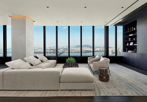 Presidential Penthouse - Living Room