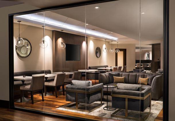 M Club Lounge - Exterior