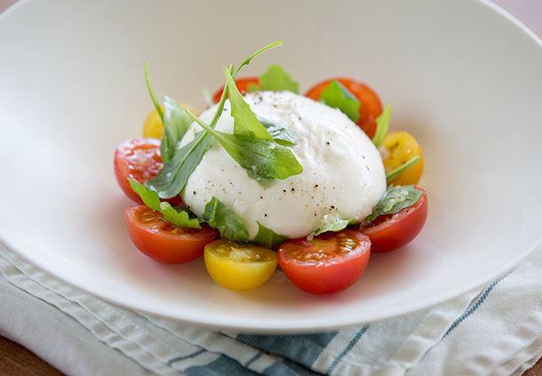 Burrata Rucola Salad
