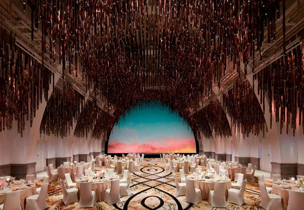 Grand Ballroom - Round Tables Wedding