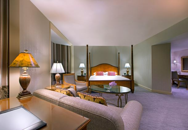 Royal Suite Monaco - Bedroom